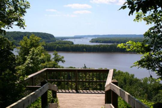 Camping at mississippi palisades state park il for Mississippi fishing license cost