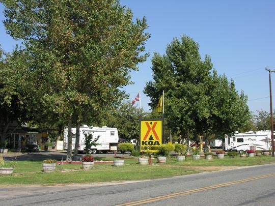 Visalia Sequoia National Park Koa Ca Facility Details