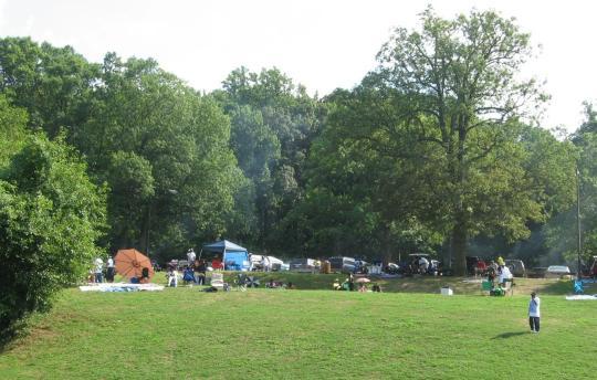 Camping at fort dupont park picnic areas dc for Washington dc fishing license