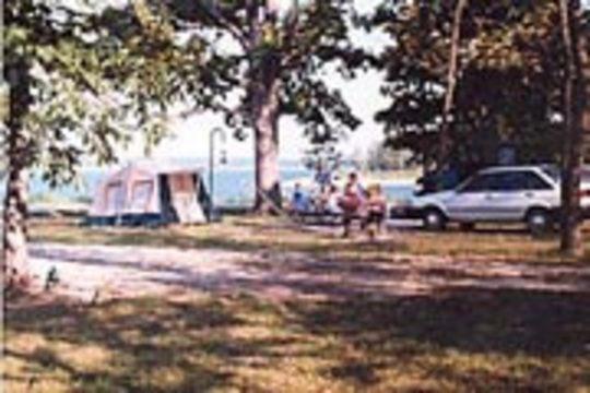 Camping At Crabtree Cove Mo