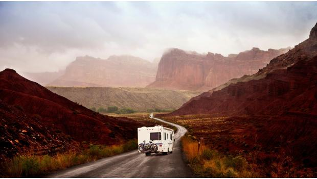 17 Great RV Campgrounds for Winter