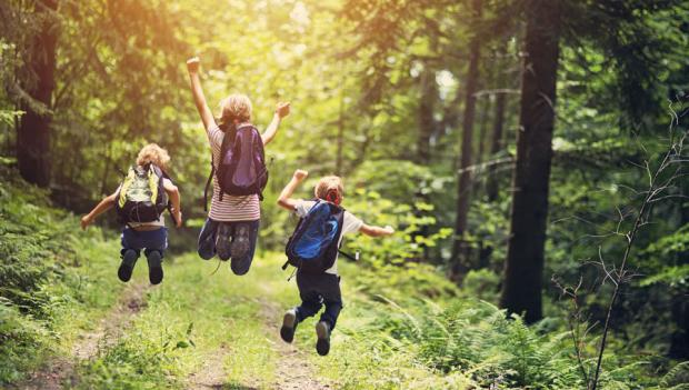 How To Protect Kids From Nature Deficit >> 10 Reasons Why Kids Need To Spend Time Outdoors