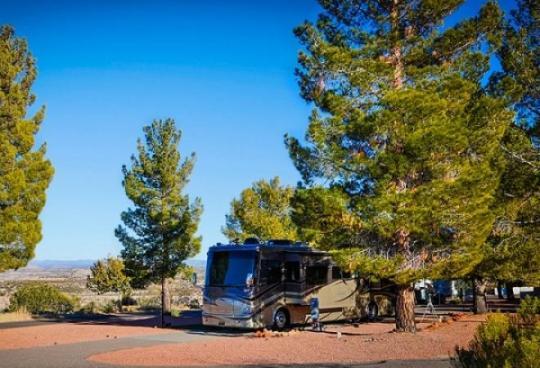 camping at verde valley rv and camping resort az. Black Bedroom Furniture Sets. Home Design Ideas